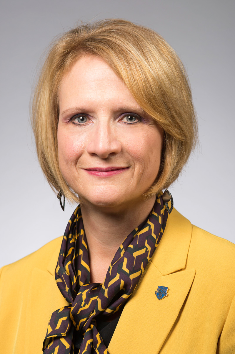 Portrait of Holly Crawford, University of Rochester SVP, CFO & Treasurer